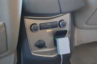 Lincoln MKT Charger