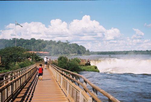Iguazu_catwalk2