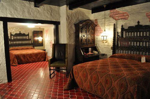 Espana Room Madonna Inn