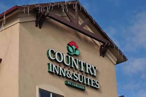 Country inns suites front